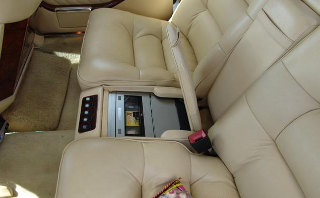 La Mercedes 560 Duchatelet Hann_m30