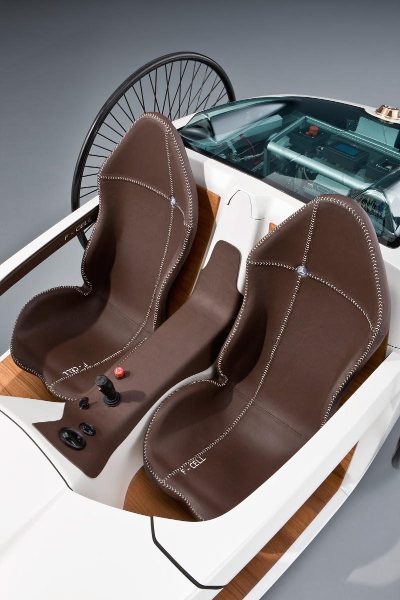 Bertha Ringer Benz Merc1501