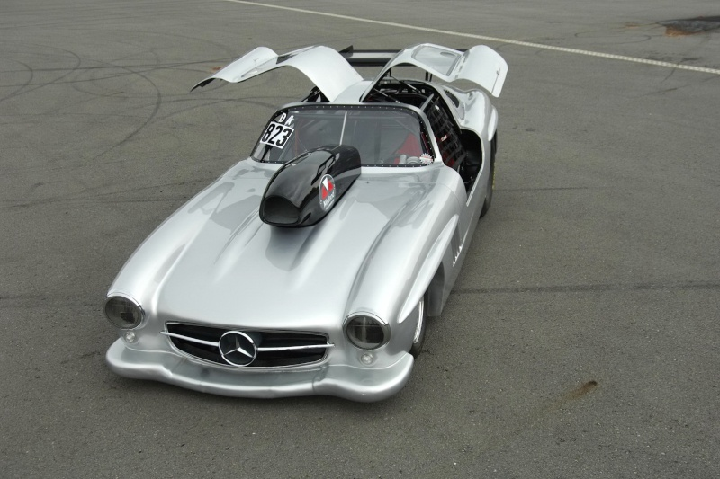 Les répliques de Mercedes Merc2098