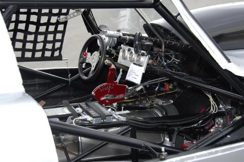 Les répliques de Mercedes Merc2103