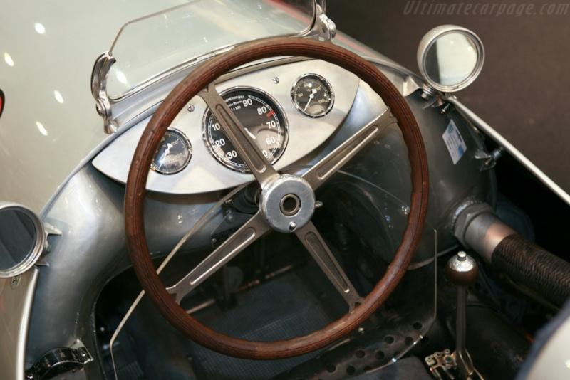 [ Historique] Mercedes-Benz W 154 1938-1939 (F1)  Merce798