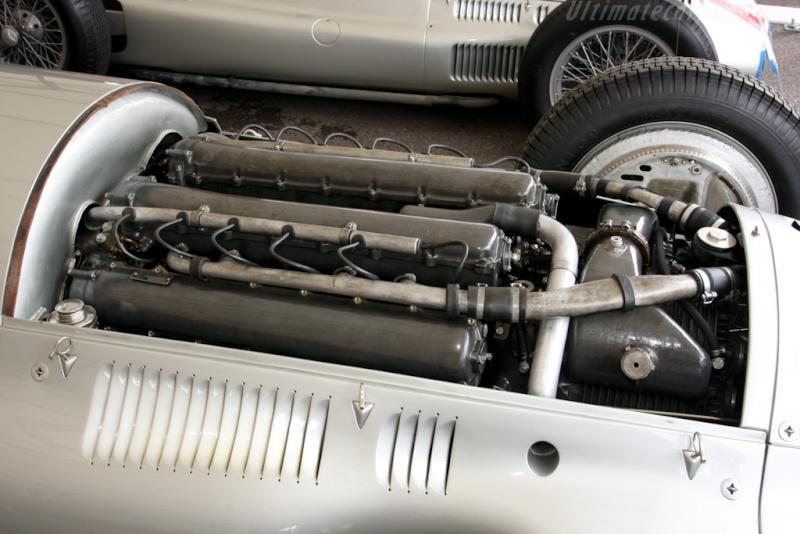 [ Historique] Mercedes-Benz W 154 1938-1939 (F1)  Merce801