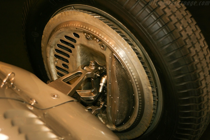 [ Historique] Mercedes-Benz W 154 1938-1939 (F1)  Merce802