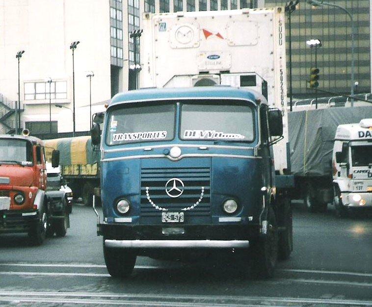 [Historique] Les Poids lourds Mercedes  Merce919