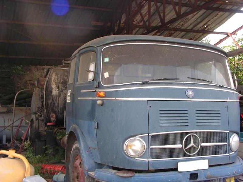 [Historique] Les Poids lourds Mercedes  Merce921
