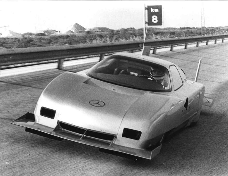 [Historique] Mercedes C 111 (1969-1979) P1211