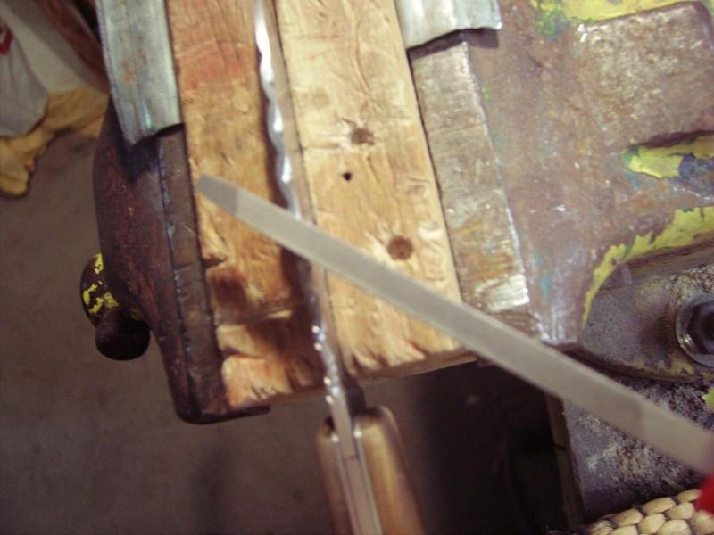 Personnalisation d'un couteau. Imgp5015