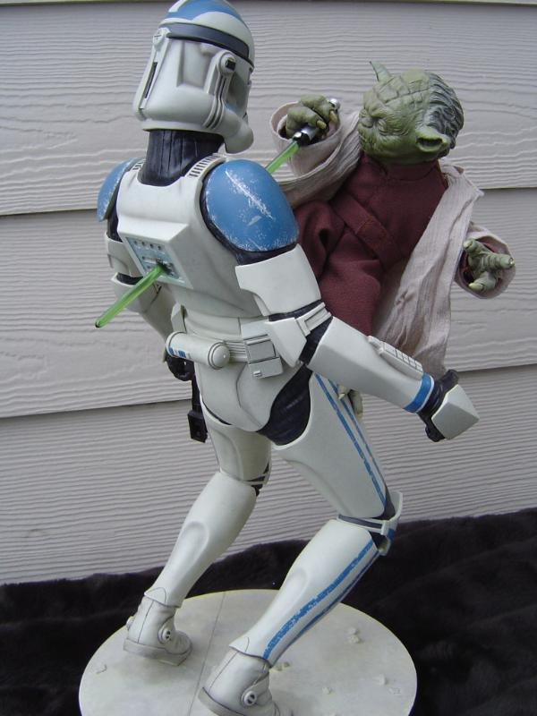 Yoda and Clone Trooper Premium format ! - Page 3 Dsc03310