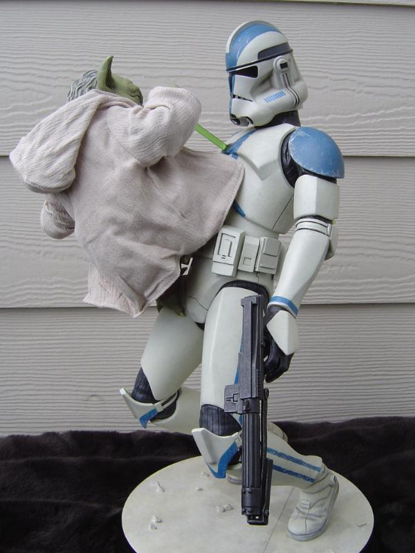 Yoda and Clone Trooper Premium format ! - Page 3 Dsc03314