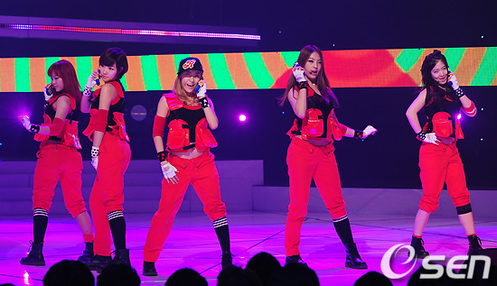 110310 5Dolls on M! Countdown 55149710