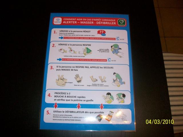 Réunion publique sur l'utilisation d'un défibrillateur lundi 8 mars 2010 à 20h salle des fêtes de Wangen 100_0711