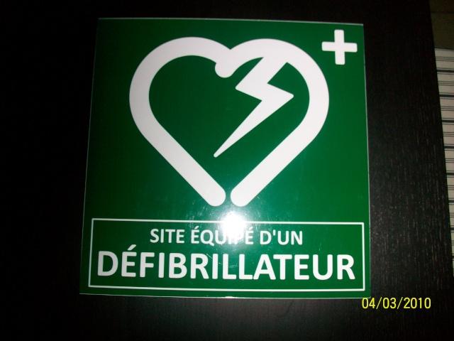 Réunion publique sur l'utilisation d'un défibrillateur lundi 8 mars 2010 à 20h salle des fêtes de Wangen 100_0712