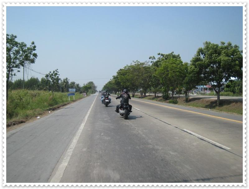 ทริปสุพรรณบุรี ไบค์วีก 2010 Img_7824