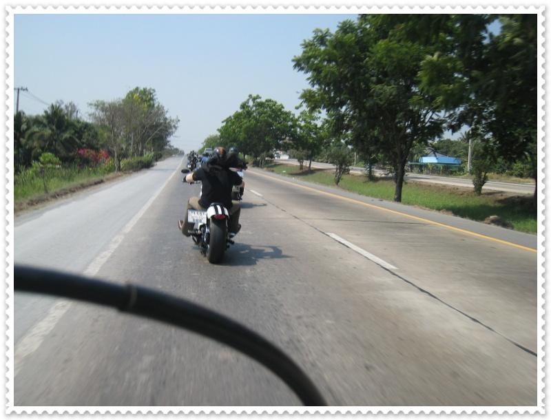 ทริปสุพรรณบุรี ไบค์วีก 2010 Img_7828