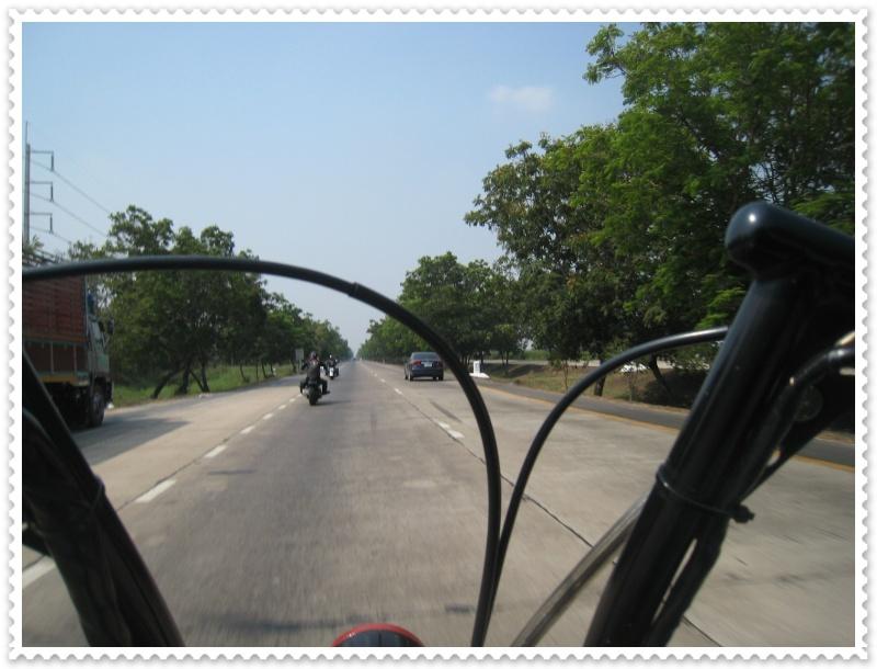 ทริปสุพรรณบุรี ไบค์วีก 2010 Img_7851