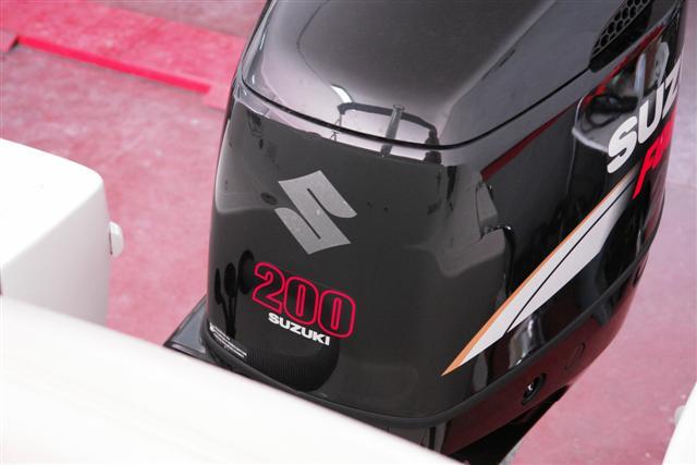 Jeanneau Cap Camarat 635 cc + Suzuki 200 DF - Página 2 Dsc00120