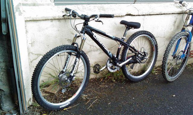 nom nouveau vélo... enfin presque nouveau ! Imag0515