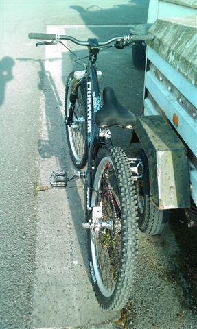 nom nouveau vélo... enfin presque nouveau ! Imag0518