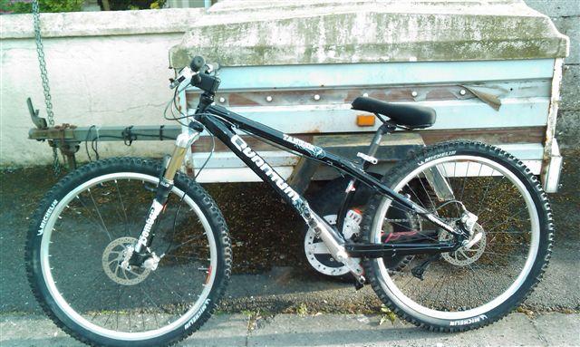 nom nouveau vélo... enfin presque nouveau ! Imag0520