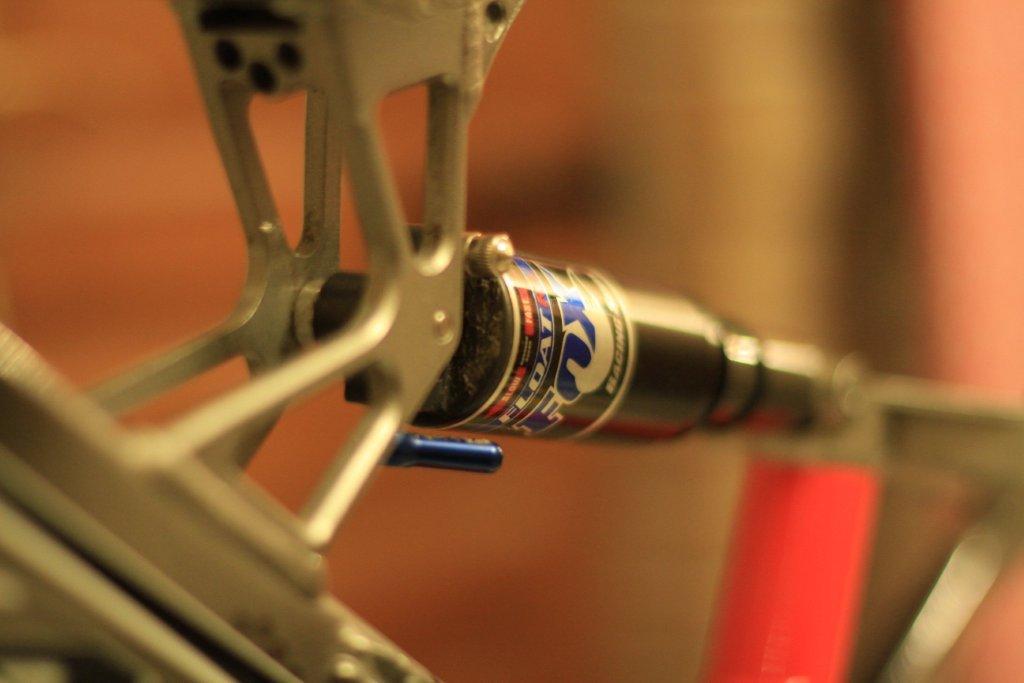 nom nouveau vélo... enfin presque nouveau ! Img_4912