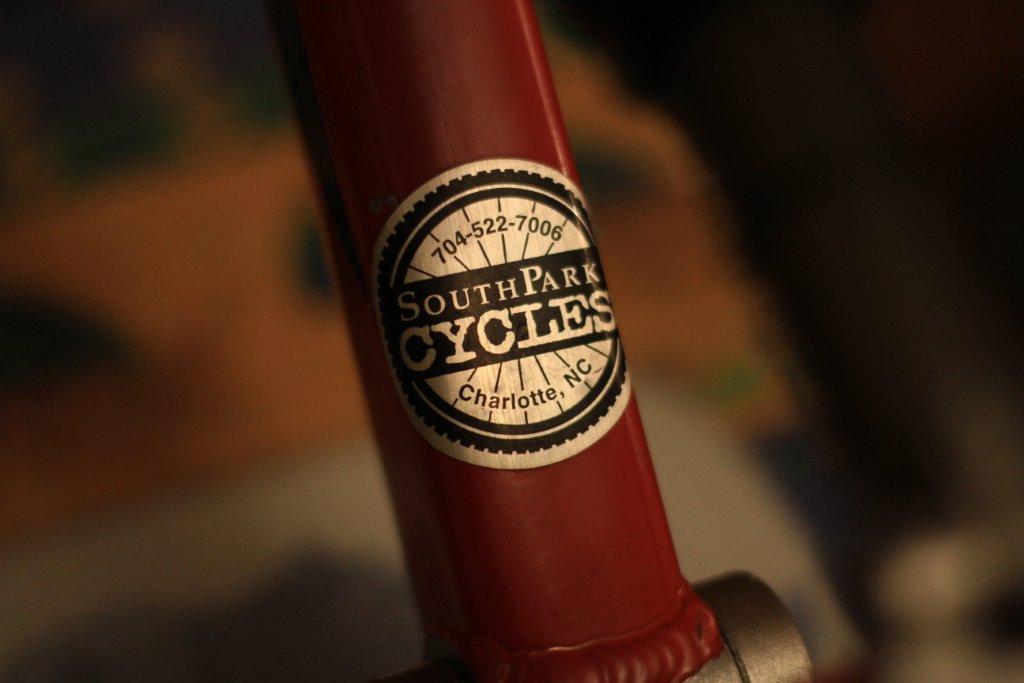 nom nouveau vélo... enfin presque nouveau ! Img_4913