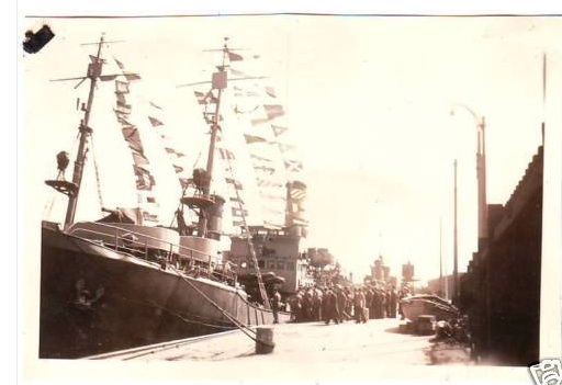 Scènes du port de Saint Malo St_mal15