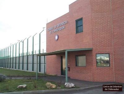 Etablissement Pénitentiaire - Centre de Détention / Châteaudun. Chatea10