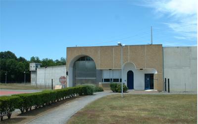 Etablissement Pénitentiaire - Centre Pénitentiaire / Lannemezan. Lannem10