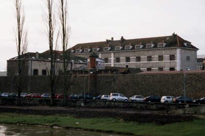 Etablissement Pénitentiaire - Centre de Détention / Melun. Melunc10