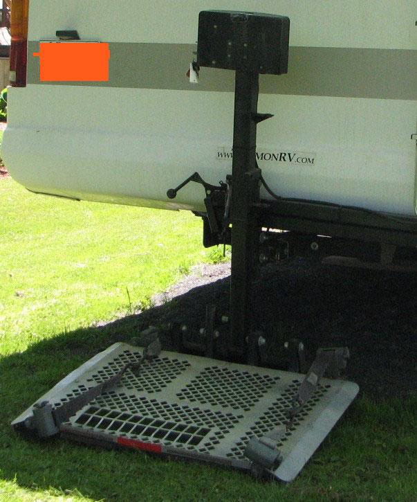 VENDU - ÉLÉVATEUR ÉLECTRIQUE s'installe sur bar de tire capacité 360 lbs Open_h10