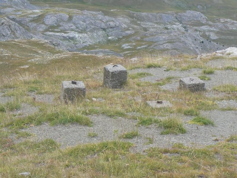 bunker dans la région alpes de haute provence P1030716