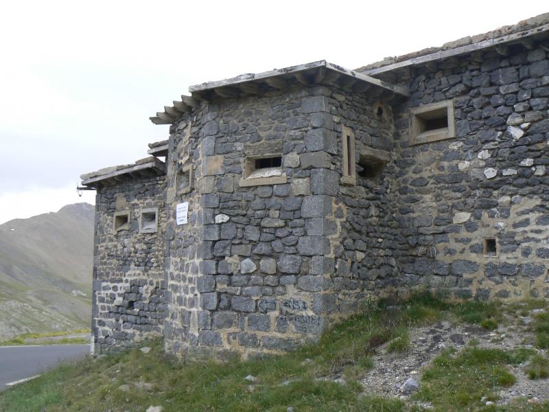 bunker dans la région alpes de haute provence P1030833