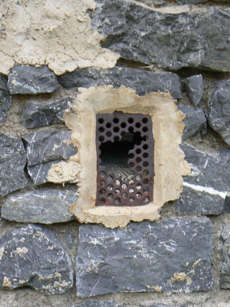 bunker dans la région alpes de haute provence P1030836