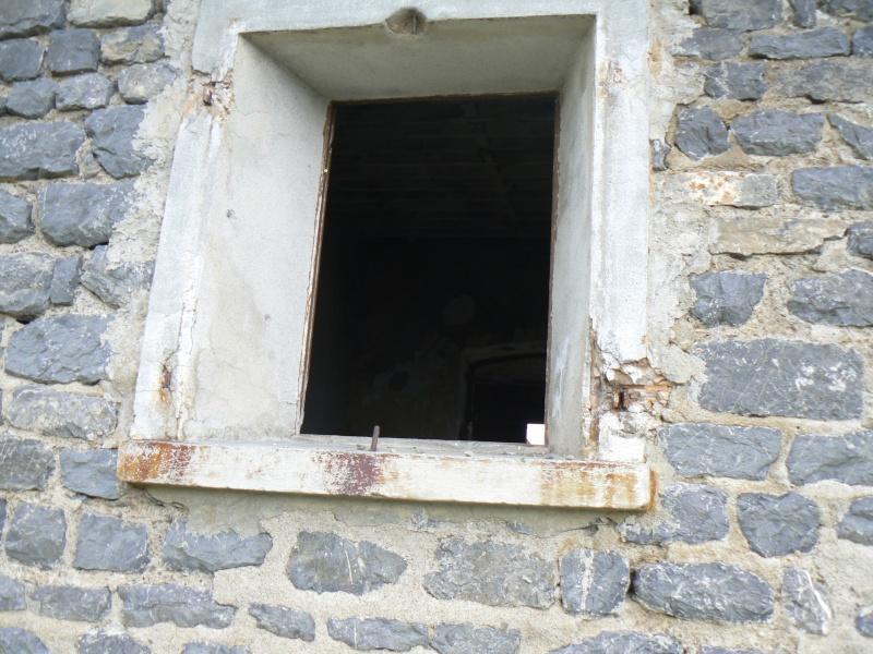 bunker dans la région alpes de haute provence P1030841