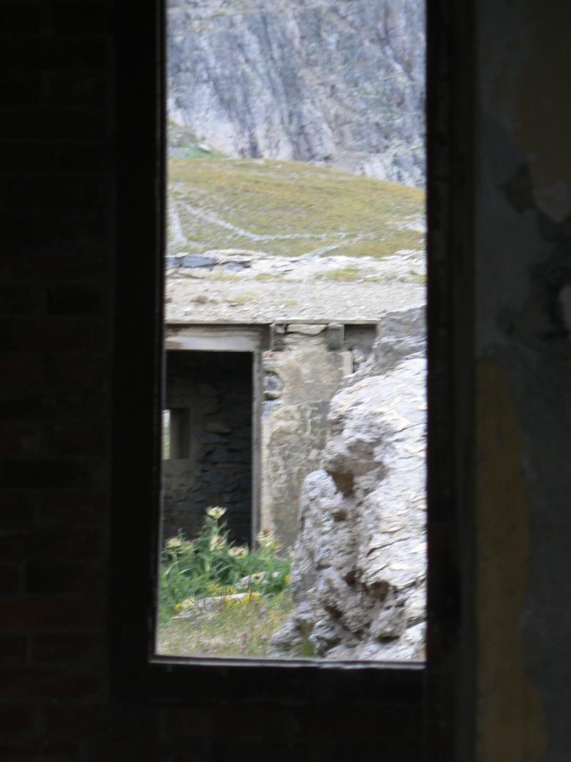 bunker dans la région alpes de haute provence P1030843
