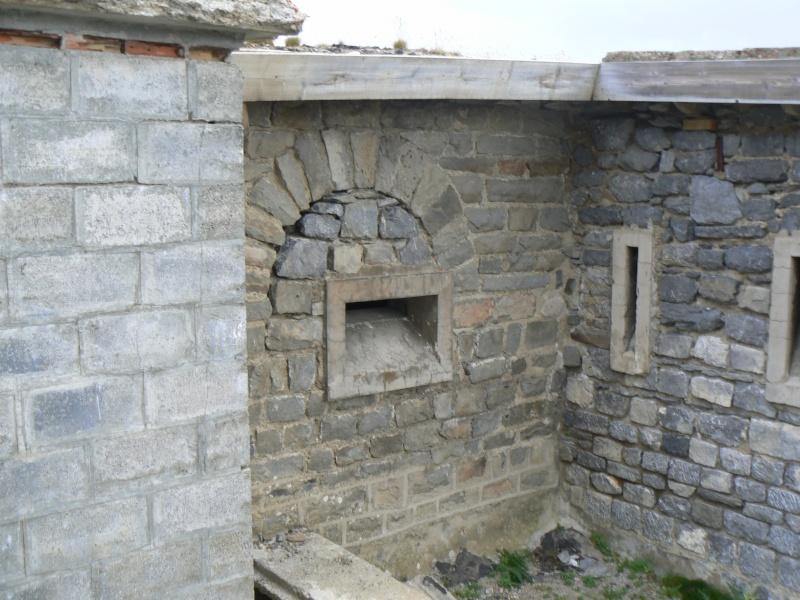 bunker dans la région alpes de haute provence P1030845