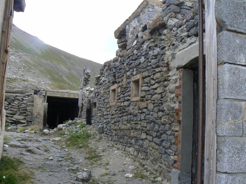 bunker dans la région alpes de haute provence P1030860