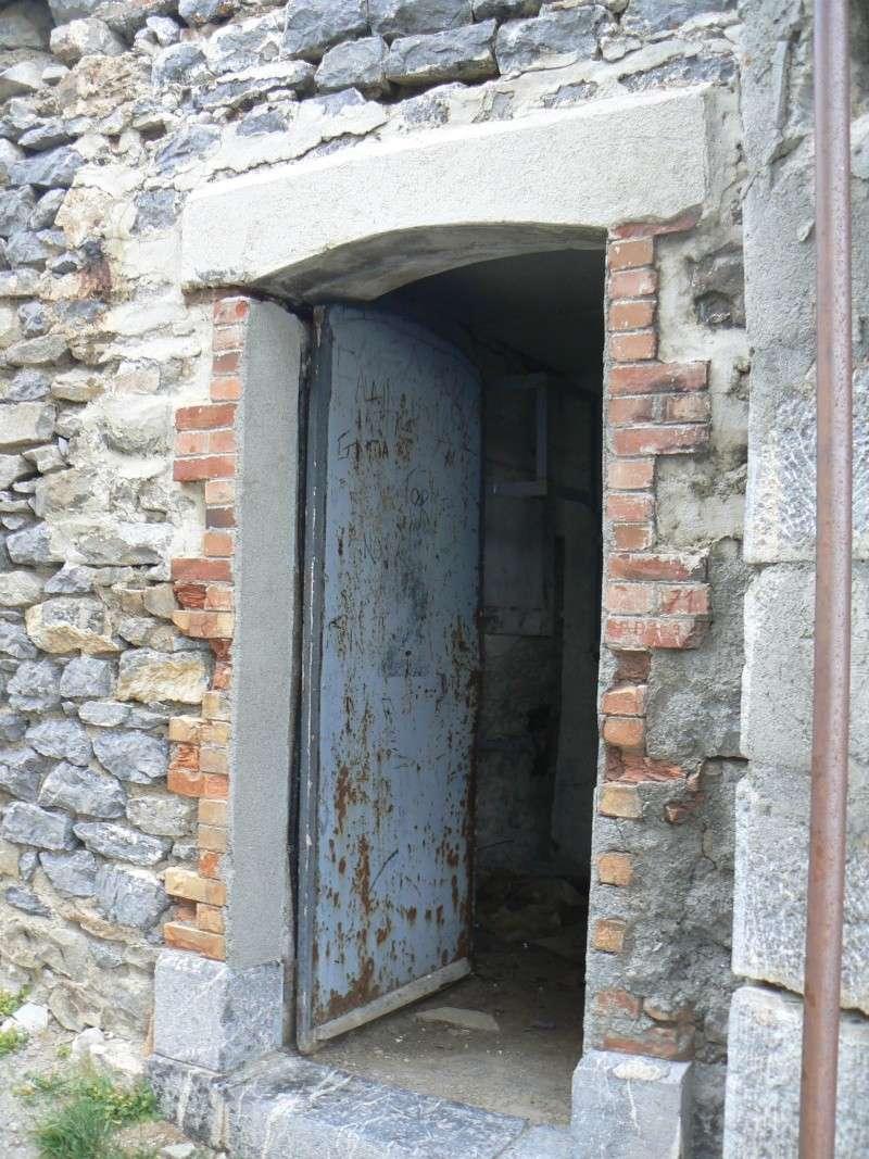 bunker dans la région alpes de haute provence P1030861