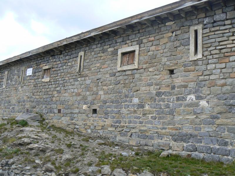 bunker dans la région alpes de haute provence P1030863