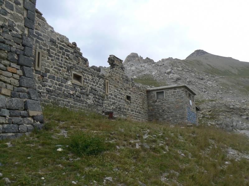 bunker dans la région alpes de haute provence P1030866