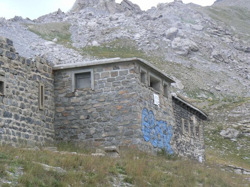 bunker dans la région alpes de haute provence P1030867