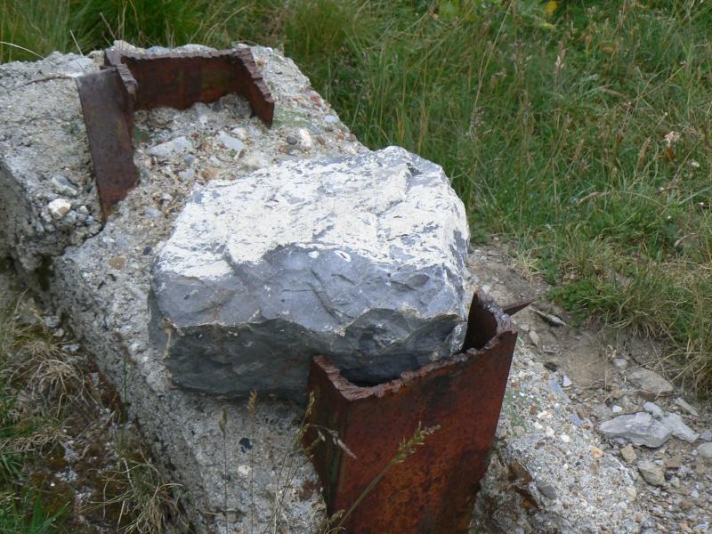 bunker dans la région alpes de haute provence P1030869