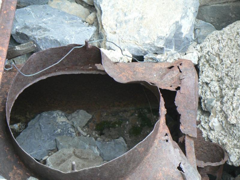 bunker dans la région alpes de haute provence P1030870