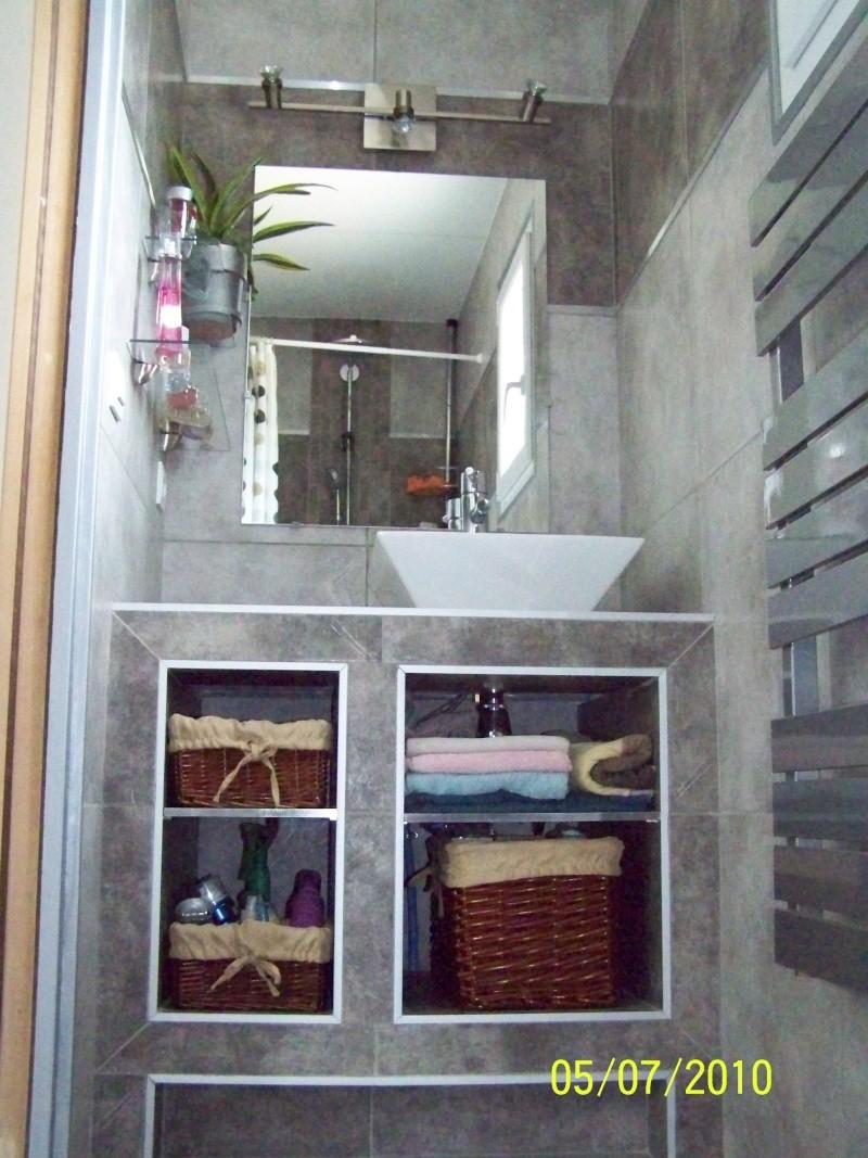 Chambre et salle d'eau attenante