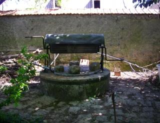 un coin d'ombre près d'un puits Puits_14