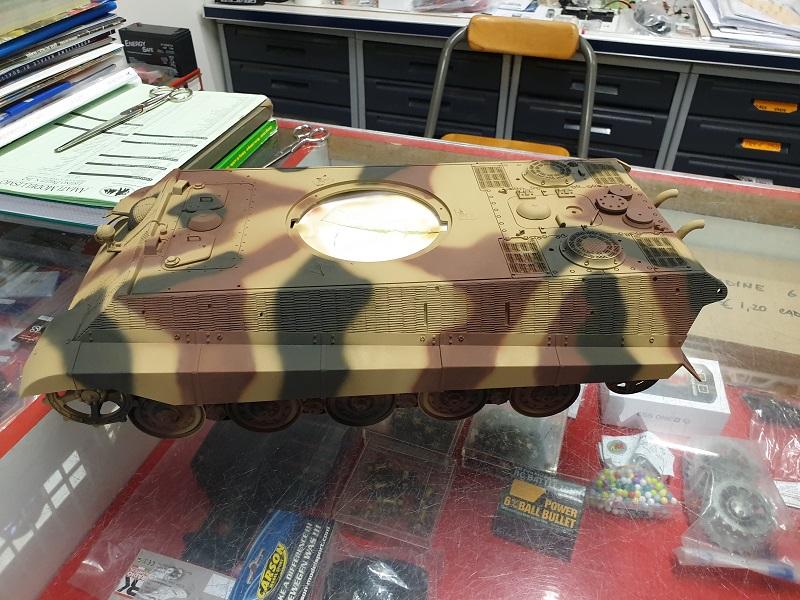 W.I.P King Tiger Tamiya full optional Kit di RegaHill Tb05910
