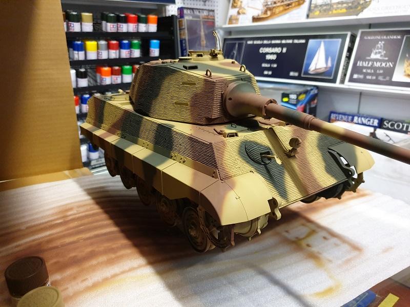 W.I.P King Tiger Tamiya full optional Kit di RegaHill Tb06510