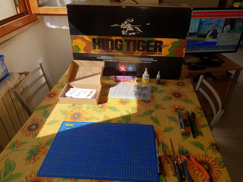 W.I.P King Tiger Tamiya full optional Kit di RegaHill Tb310
