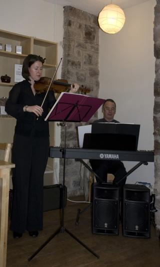 Gwyl Fama Project 2009 By Nia Lynn Jones of the Organising Committee A_smit11