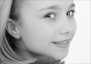 Competition 5 (Monochrome Portraits) 2009/10 – Results Mold_010